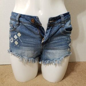 Harper shorts 26 floral embroidered distressed
